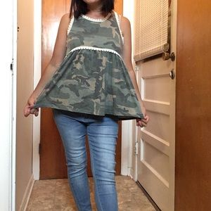 🌻🆕New Camo baby doll top